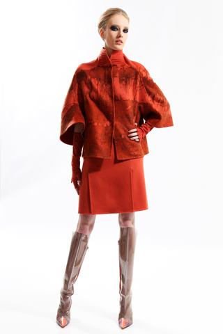 images/cast/10150534634992035=my job on fabrics x=chado ralph rucci Fall 2012 new york